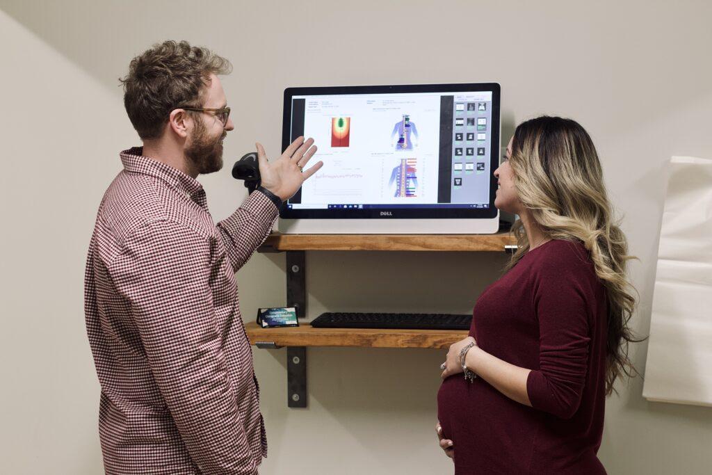 chiropractor pregnancy prenatal